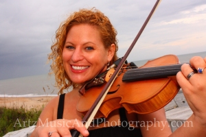 Sue Artz of ARTZ MUSIC & PHOTOGRAPHY is a multiple award winning classically trained concert violinist and Outer Banks wedding DJ.