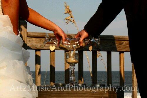 Sand Ceremony photographed by Matt Artz for ARTZ MUSIC & PHOTOGRAPHY