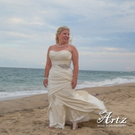 Outer Banks Wedding - 2014 OBX Bride (photo by Matt Artz for affordableOBXweddings.com)_0008