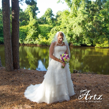 Outer Banks Wedding - 2014 OBX Bride (photo by Matt Artz for affordableOBXweddings.com)_0036