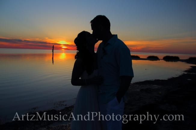 Heather & Jim, photo by Matt Artz for Artz Music & Photography / AffordableOBXWeddings.com.